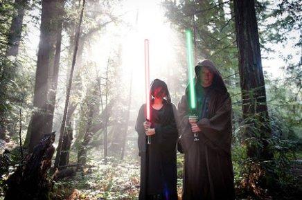 Star-Wars-theme-engagement-photo-shoot6-thumb-450x299