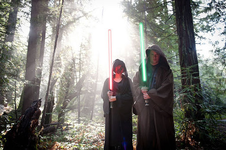 Star-Wars-theme-engagement-photo-shoot6-thumb-450x299